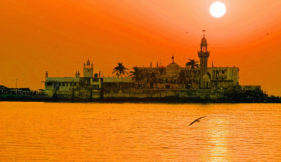 shirdi-mumbai-darshan-by-daiwik-hotels