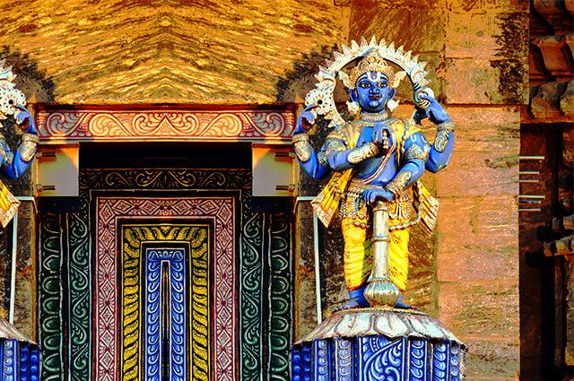 Shrines, Mandapas & Boxshot