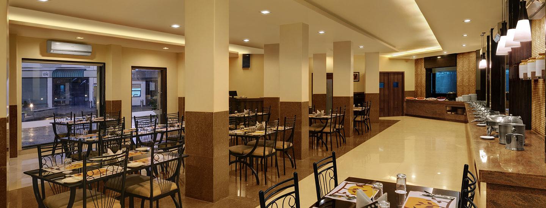 daiwik-hotel-shirdi-hotel-ahan-restaurant